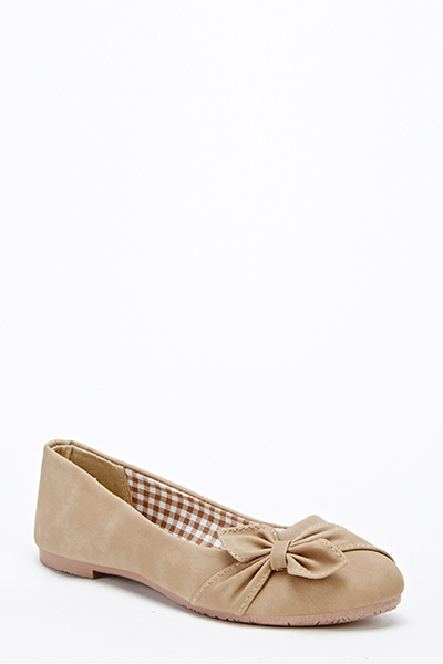 Ruched Side Bow Pumps