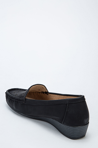 Cut Out Front Slip On Loafers