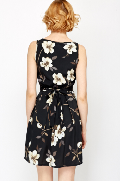 Floral Box Pleat Skater Dress