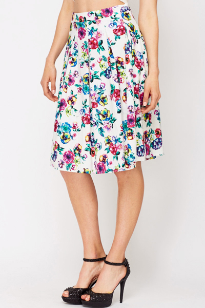 Floral Pleated Swing Skirt