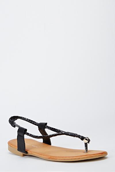 https://fiver.media/images/mu/2015/05/15/mock-croc-trim-sandals-black-8773-7.jpg