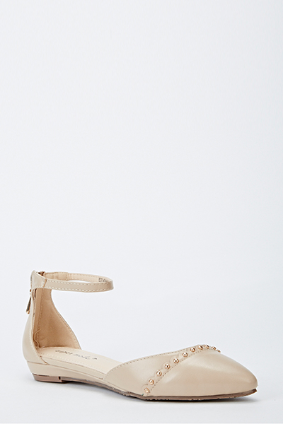 Studded Pointed Toe Sandals