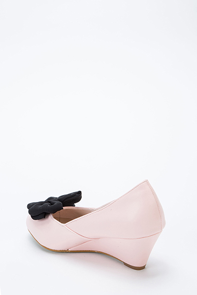 Bow Front Low Wedge Shoes