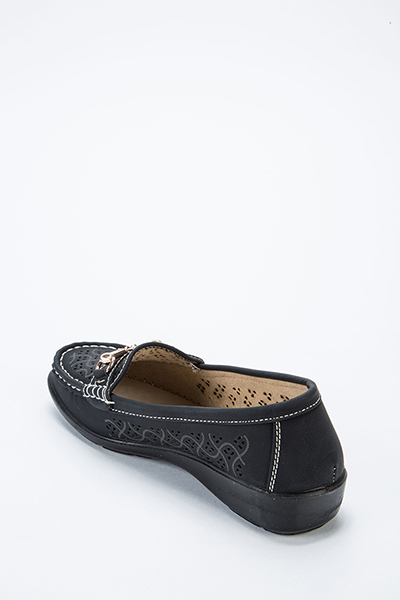 Cut Out Design Loafers