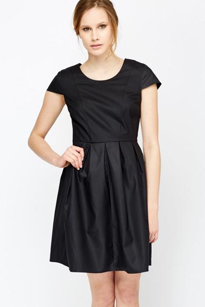 0579483bc3 Black Pleated Skater Dress - Just £5