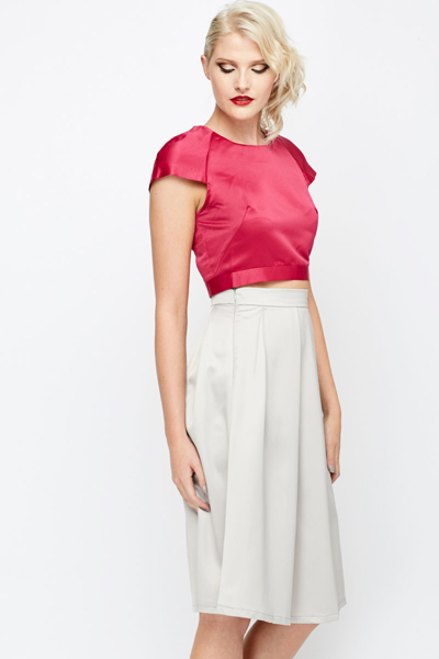 Silky Feel Zip Back Crop Top