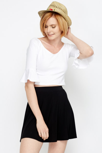 31ef15ae74d46 Flared Sleeve Crop Top - Just £5