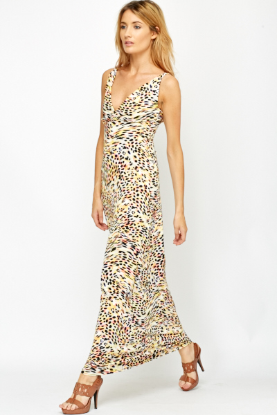 016a09493d5 Plunge Neck Leopard Print Maxi Dress - Just £5