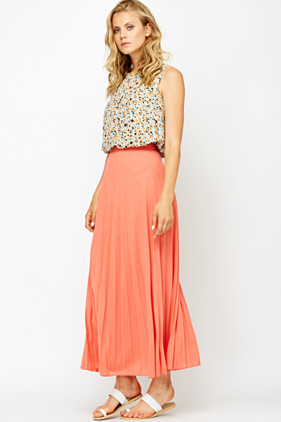 Pleated Coral Maxi Skirt