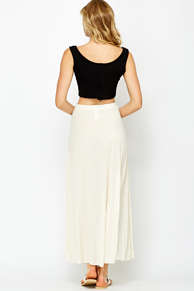 Pleated Cream Maxi Skirt - Just £5
