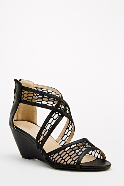 Cross Wedge Mesh Wedges