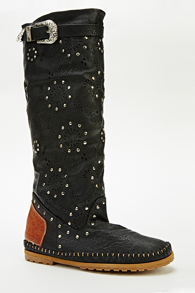 Cut Out Studded Flat Boots