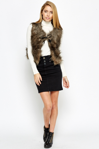 Cropped Faux Fur Gilet