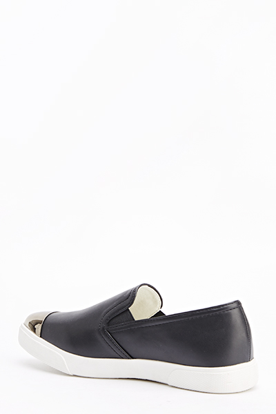 Contrast Toe Black Slip On Plimsolls