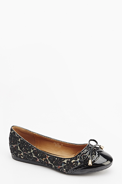Sequin Embroidered Pumps