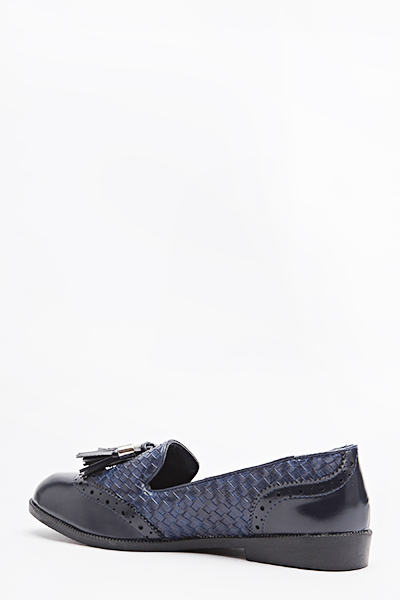 Woven Contrast Tassel Shoes