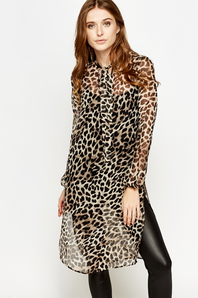Leopard print design,stretchy fabric,comfortable to wear,Loose fitting Sexy Leopard Grain Tops for Women Short Sleeve V Neck Blouse Ruched Long Sleeve Shirt with .