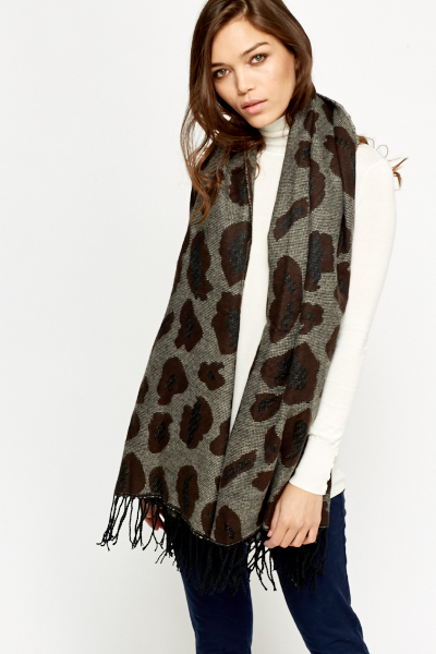 Image of Contrast Printed Scarf Wrap