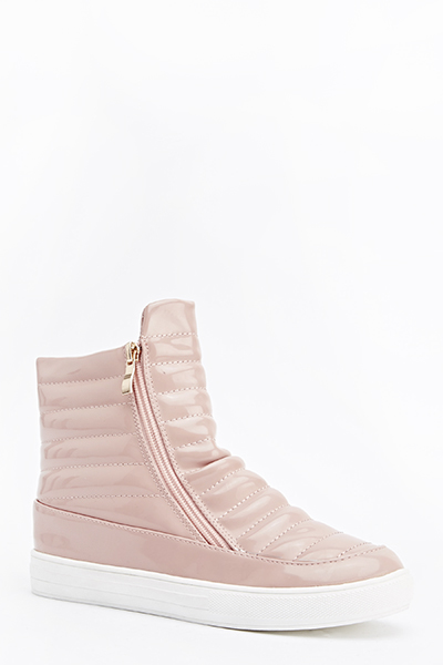 Quilted PU Ankle Zip Side Shoes