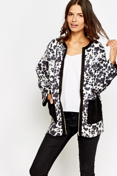 Contrast Pocket Animal Printed Jacket