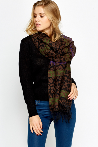 Contrast Leopard Print Scarf