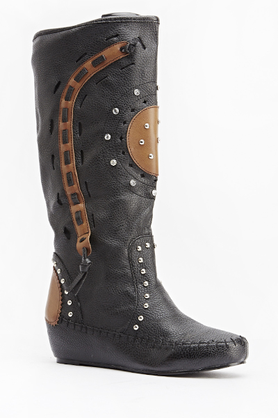 Studded Woven Design Wedged Boots