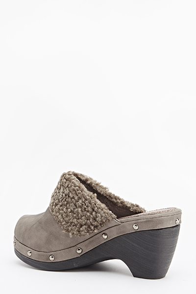 Khaki Faux Fur Trim Clogs