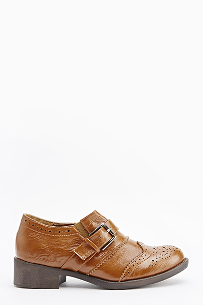 Laser Cut Buckle Top Shoes