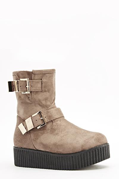 https://fiver.media/images/mu/2015/12/29/twin-buckle-platform-boots-khaki-24593-5.jpg