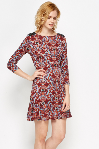 Ornate Contrast Flared Hem Dress