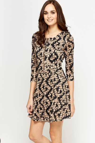 Lace Overlay Contrast Skater Dress