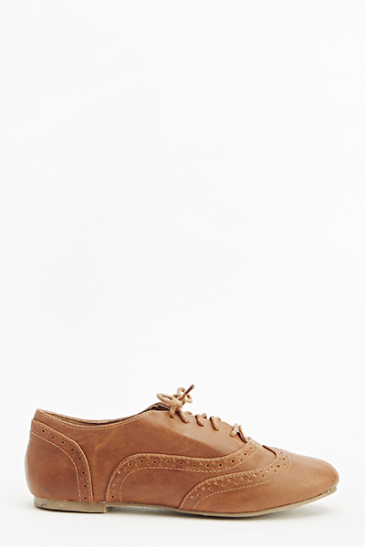 Tan Detailed Brogues