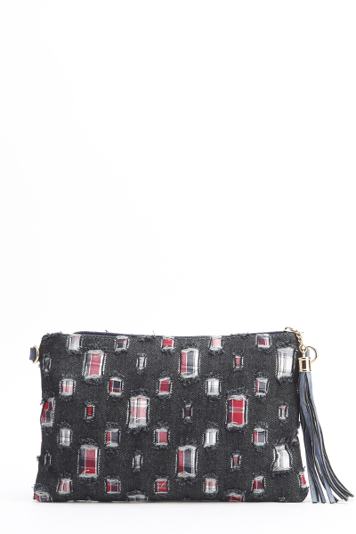 Frayed Patch Contrast Clutch
