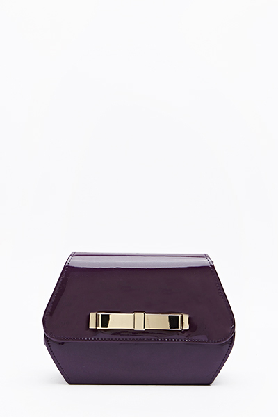 Patent Box Bow Clutch