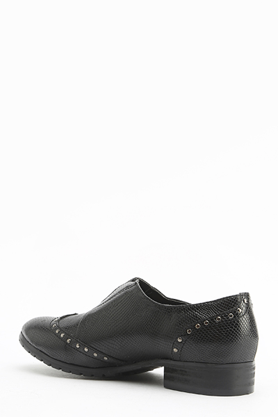 Pointed Studded Textured Shoes