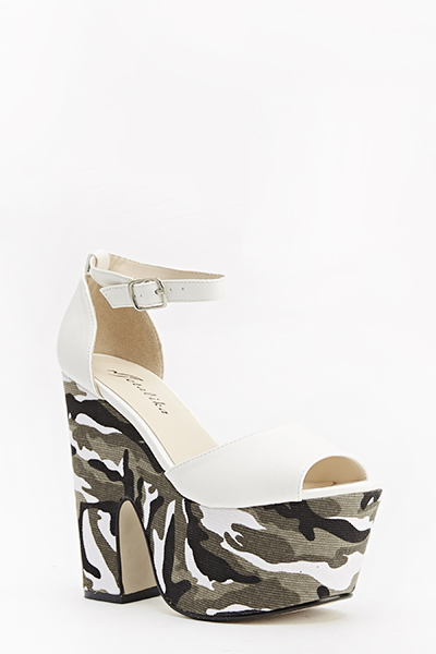 Contrast Camouflage Heeled Sandals