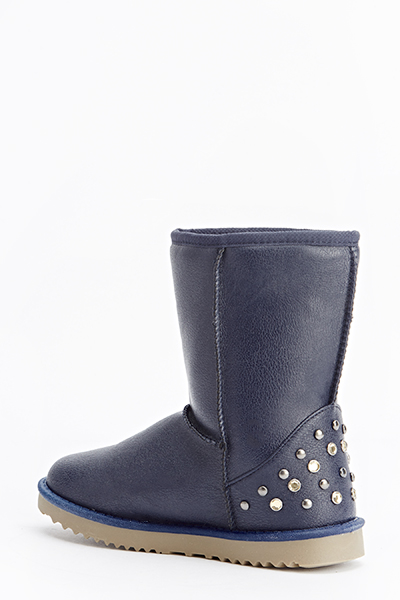 Studded Back Snug Boots