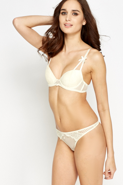 Lace T-Shirt Bra And Thong Set