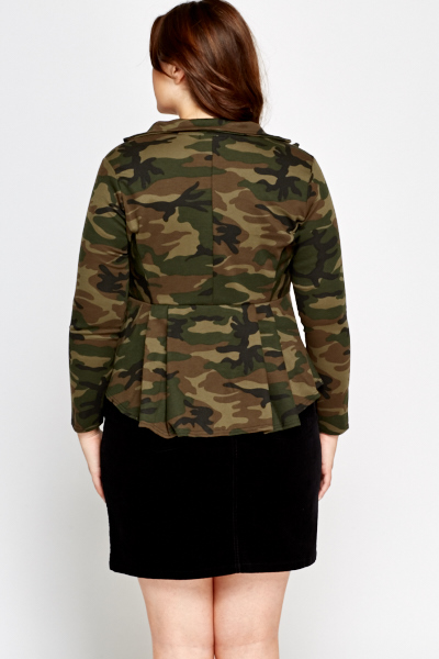 Pleated Hem Camouflage Jacket