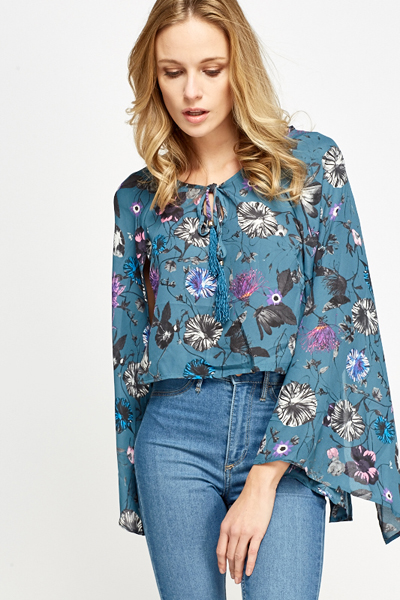 Cut Out Batwing Sleeves Cropped Top