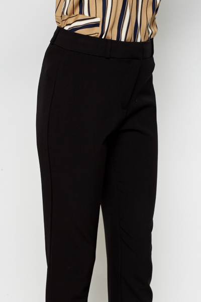 A wardrobe staple, women's black trousers add effortless style. Stylish trousers for your casual and work wear. Next day delivery and free returns available. Animal Printed Wide Leg Trousers. £ Black Slim Trousers. £ Black Coated Zip Skinny Trousers. £