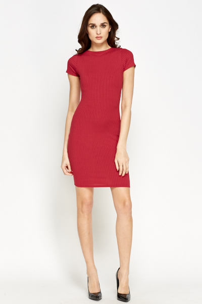 Magenta Ribbed Bodycon Dress