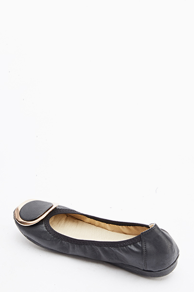 Large Buckle Front Flats