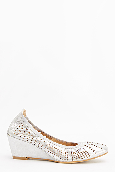 Laser Cut Wedged Shoes