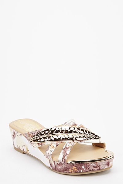 Leaf Detail Floral Wedge Sandals