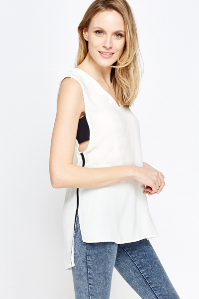 Contrast Side White Dip Hem Top