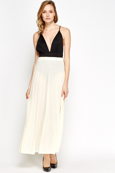 Cream Pleated Maxi Skirt - Just £5