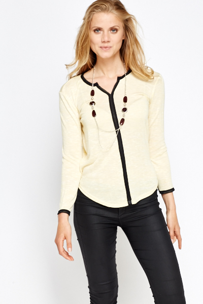 Contrast Trim Long Sleeve Top