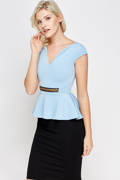 Chain Front Peplum Top