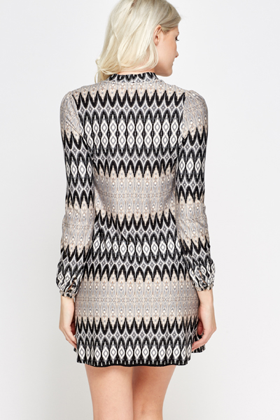 Tie Up Neck Zig Zag Tunic Dress